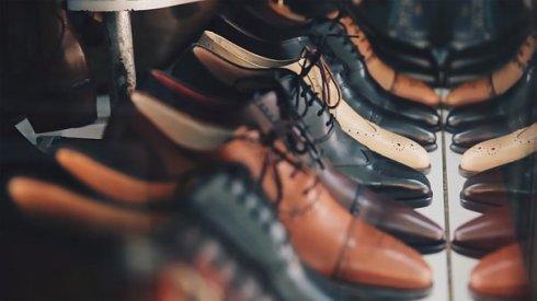 calzado masculino ordenado
